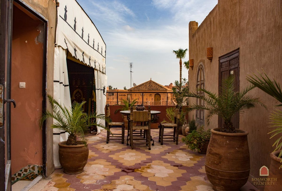 Riads For Sale Marrakech - Riad For Sale Marrakech - Marrakesh Realty - Marrakech Real Estate - Immobilier Marrakech - Riads a Vendre Marrakech - Guesthouse Villa For Sale Marrakech