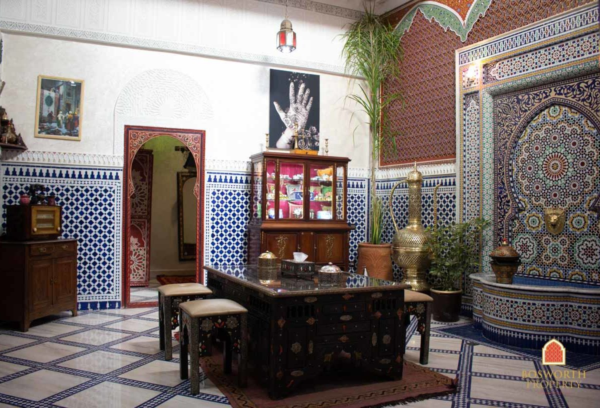Riad And Shops Combo For Sale Marrakech - Riads For Sale Marrakech - Riad For Sale Marrakech - Marrakesh Realty - Marrakech Real Estate - Immobilier Marrakech - Riads a Vendre Marrakech