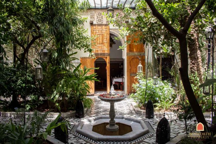 Riads For Sale Marrakech - Riad For Sale Marrakech - Marrakesh Realty - Marrakech Real Estate - Immobilier Marrakech - Riads a Vendre Marrakech - Historic Riad Guesthouse For Sale Marrakech