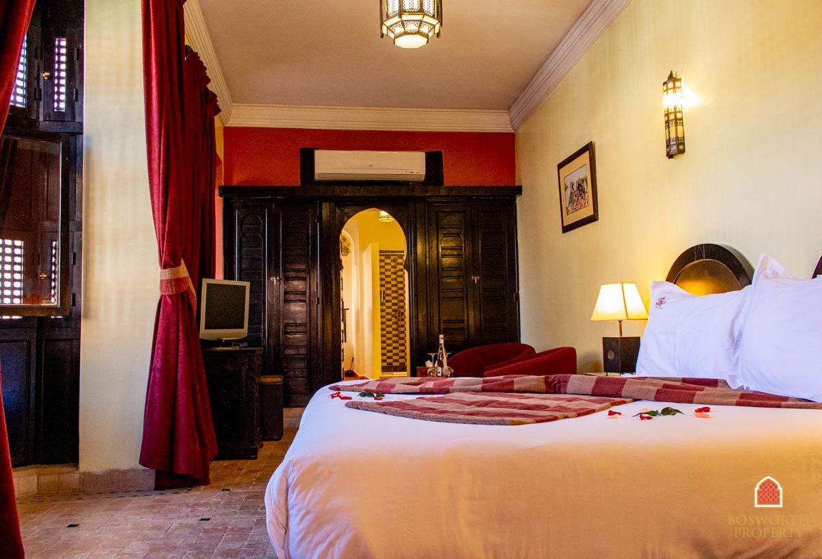 Riads For Sale Marrakech - Hotel For Sale Marrakech - Immobilier Marrakech - Riads a Vendre