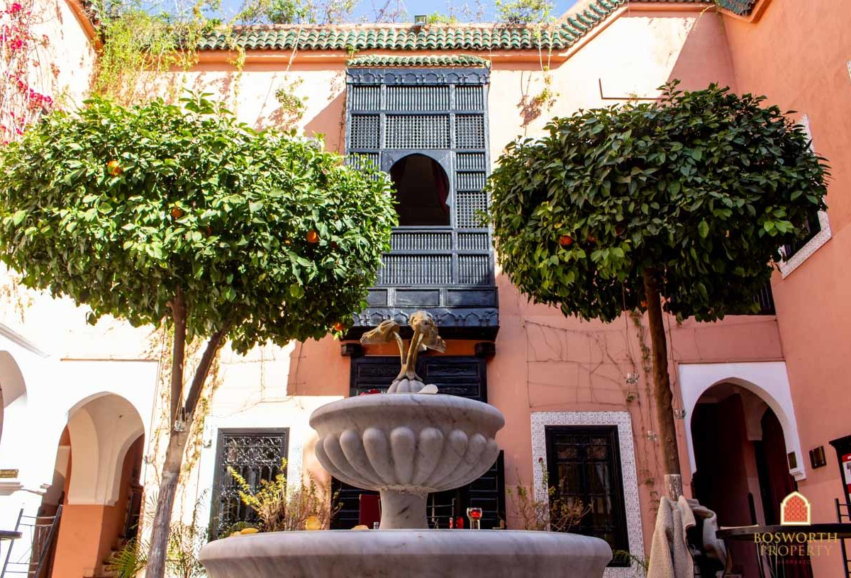 Riads For Sale Marrakech - Hotel For Sale Marrakech - Immobilier Marrakech - Riads a Vendre
