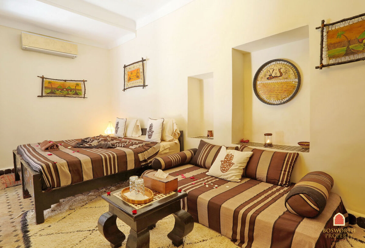 Riads For Sale Marrakech - Very Cool Riad Guesthouse For Sale Marrakech - Marrakesh Realty - Marrakech Real Estate - Immobilier Marrakech - Riads a Vendre Marrakech