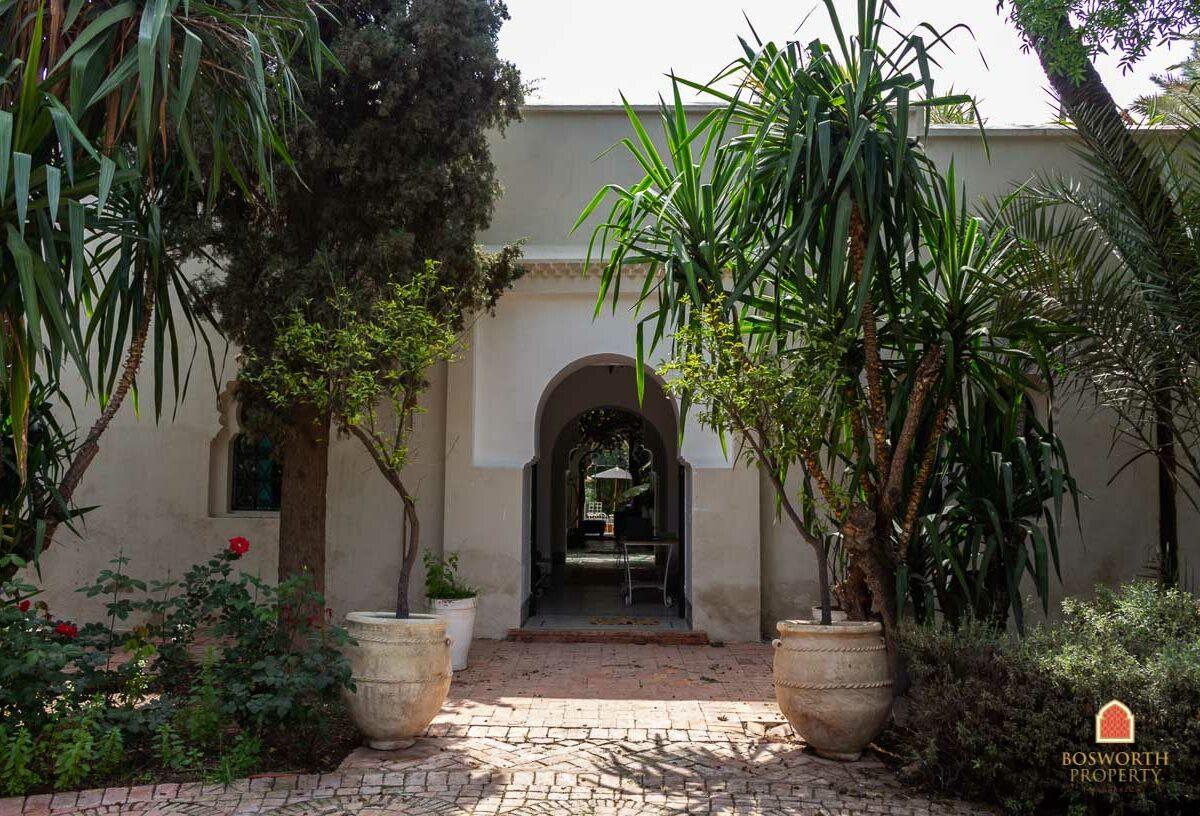 Historic Luxury Villa For Sale Marrakech Palmeraie - Luxury Marrakech Property - Villa For Sale Marrakech - Marrakech Real Estate - Marrakesh Realty - immobilier marrakech - villa a vendre marrakech